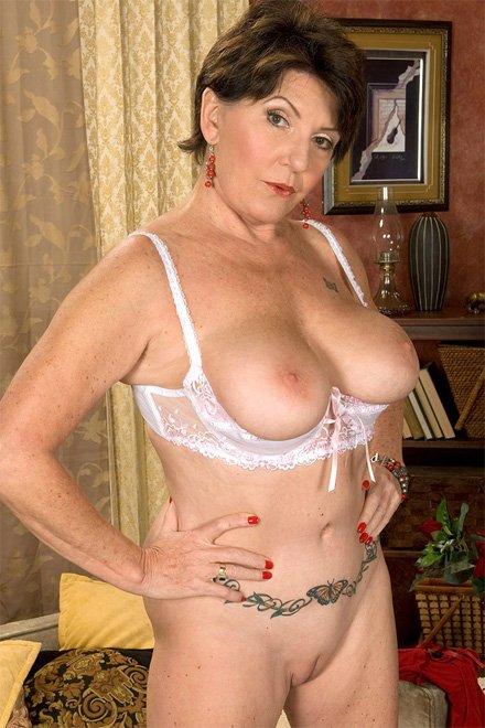 Older woman porno