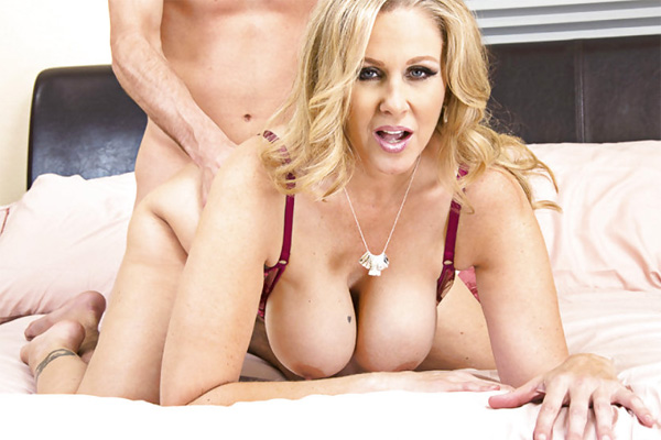 The milf of all milfs julia ann videos and picture